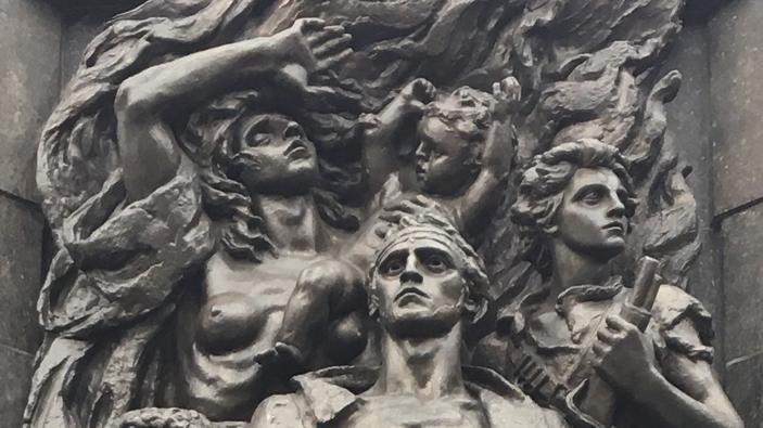 LA MAYOR TRAGEDIA DE LA HISTORIA: EL HOLOCAUSTO